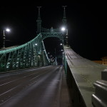 sony-35-night-bridge